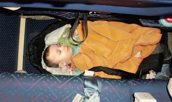 Sova på flygplan